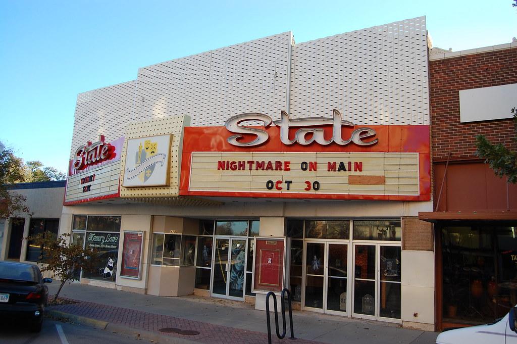 Bon STATE Theatre   Garden City, Ks Closed! Photo #1 | State The ...