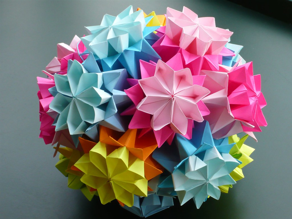 Blue kusudama flower bouquet | Learn 2 Origami - Origami & Paper Craft | 768x1024