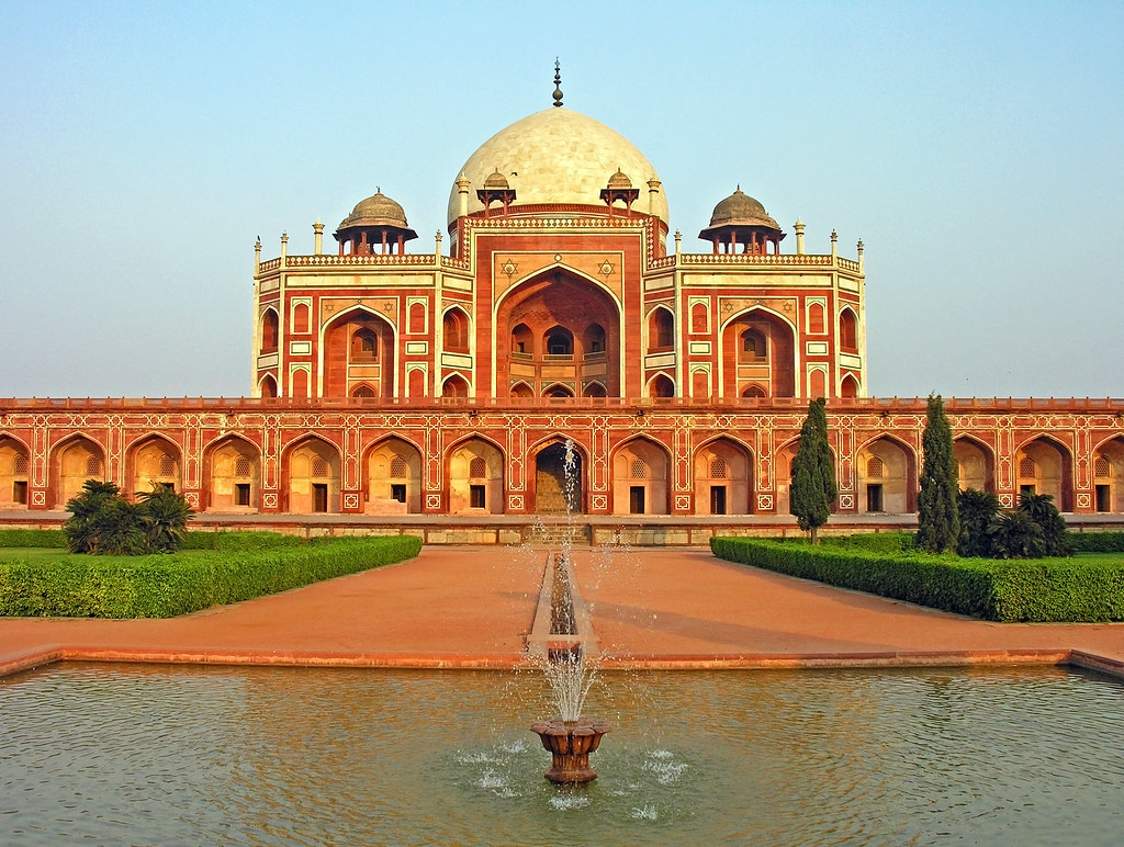 Humayun Tomb tourist places in India