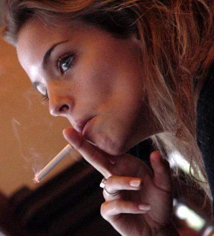 smoking candid female smoke flickr fetish