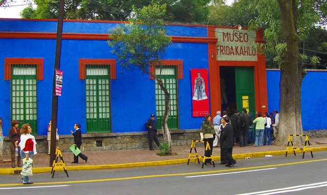 Museo Frida Kahlo Coyoacan 20 October 2007