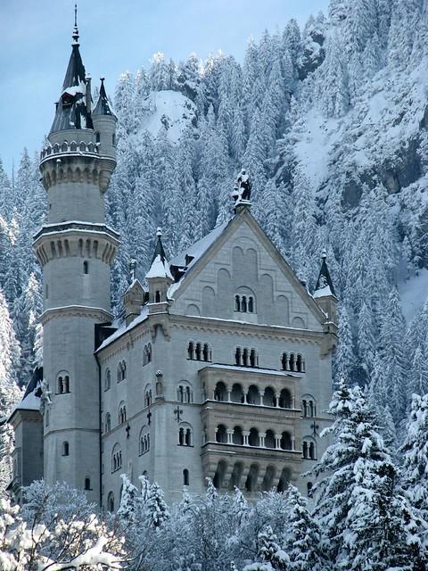 Neuschwanstein in winter