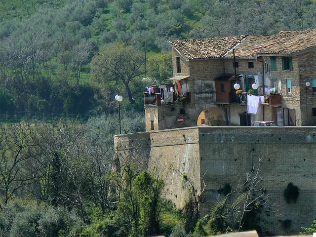 Frisa, Abruzzo