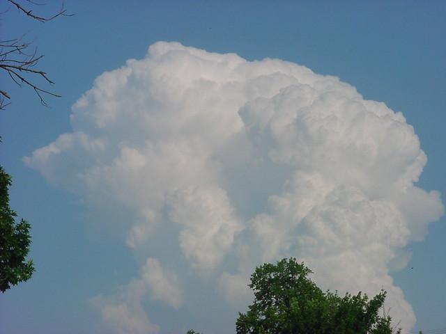 061005 - Severe Thunderstorm, Awesome Thunderheads, East of Kearney Nebraska