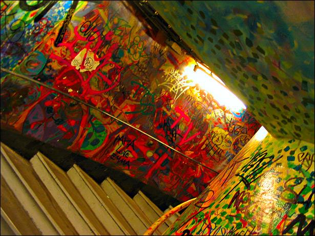 Paris Métro Graffiti