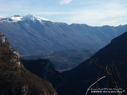 San Lorenzo in Banale (TN)inverno (15)   by Gloria Chang