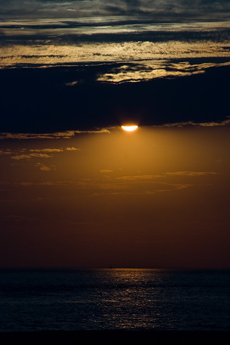 sea sky usa beach water clouds america canon newjersey unitedstates random scenic places event capemay activity sunsetsunrise score35 ef28135mmf3556isusm