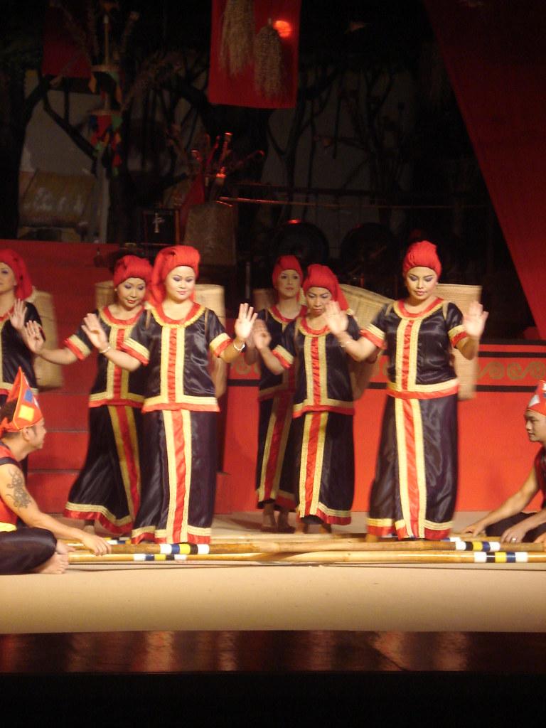Traditional Dance Name Ode Kebun Community Bidayuh Alifmimya Flickr