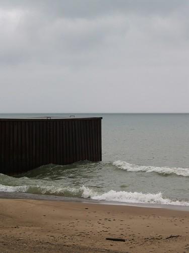 beach geotagged pier michigan wave lakemichigan grandbeach newbuffalo lakeviewavenue whitewoodavenue geo:lat=4177208 geo:lon=86802109
