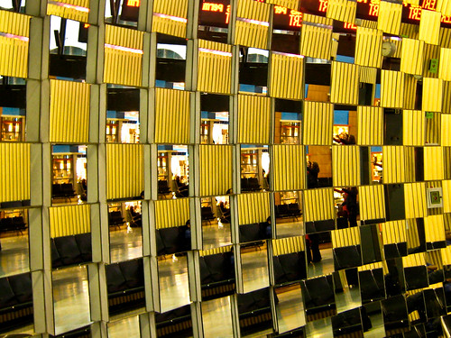 Airport mirror | by andrewmalone