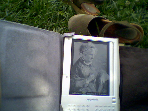 Lunch @ Old Stone House with My Kindle | by Ketzirah & Art