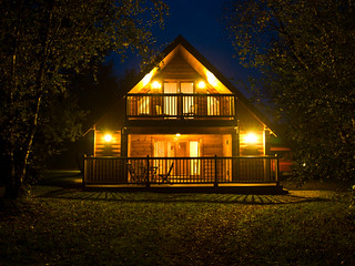 Maple Lodge by Night | by wwarby