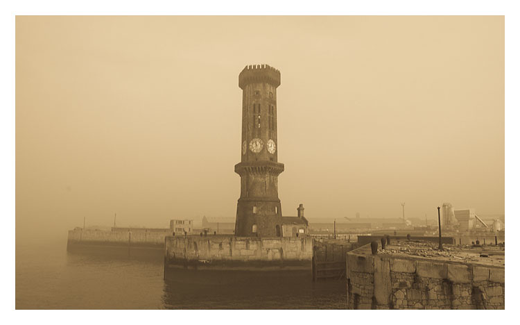 Liverpool In The Fog by Max/マックス
