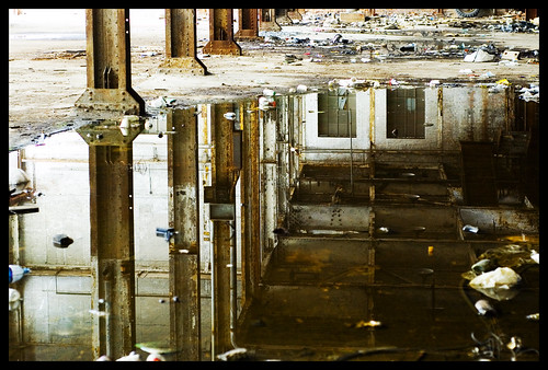 reflection abandoned water metal grit garbage rust floor urbandecay nikond50 ceiling grime derelict globetradingcompany 2ndlevel nikon50mmf18d