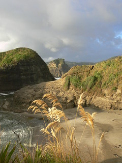 Piha, Auckland, New Zealand | by Lens_Flare