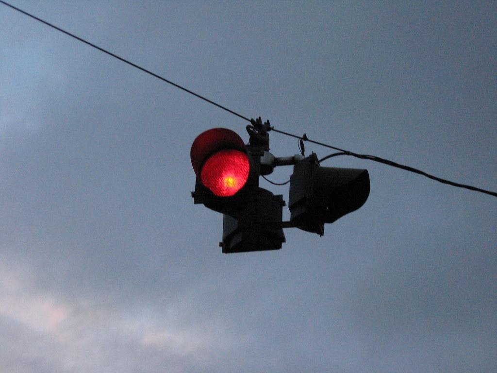 Flashing Red Light >> Flashing Red Light Red Means Stop In Eugene Too Chris Phan