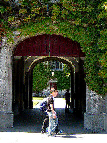 Archway, Quadrangle, NUI Galway