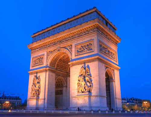 Arc De Triomphe (Paris) in 1000 MegaPixels (Zoom in) | by Anirudh Koul