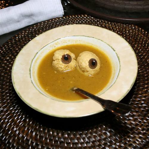 Yummy, Matzos Ball Soup | by Cayusa