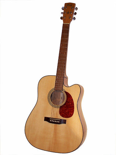 Acoustic guitar | by eurok