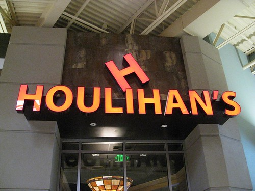 Houlihan's   by Paul Schreiber