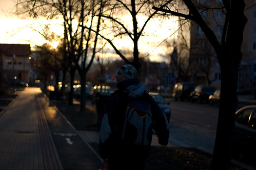 street city light sunset sun sunlight man blur dark 50mm town focus friend walk f14 pilsen czechrepublic nikkor plzen čechy českárepublika plzeň nikkor50mmf14af luboš
