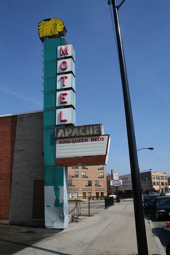 MOTEL APACHE | by repowers