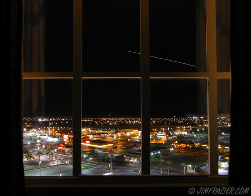 april 2007 hotelview sunsetstation lasvegas nevada q3 cityscape window plane night timeexposure scenery airplane lights landinglights tripod aircraft airplanes planes aircrafts aviation airliner jet city urban apr2007seminarswings nightshot ©jimfraziercom motionblur motion blur