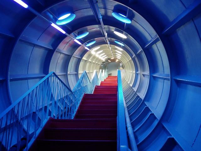 Escalera del Atomium