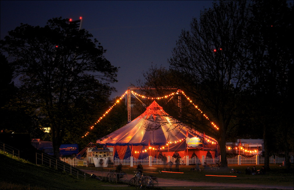 The small enchanted circus at night... by cosmonautirussi