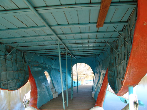 blue oklahoma concrete 66 route whale tulsa roadside attraction catoosa