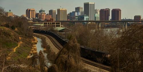 richmondvirginia virginia richmondva railroad train trains rail coal cityscape landscape canal kanawhacanal city water railfan csx freighttrain