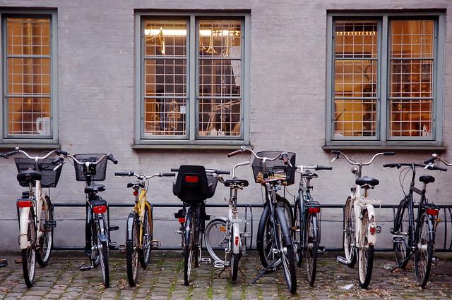 The trumpet repair shop had plenty of bike parking.