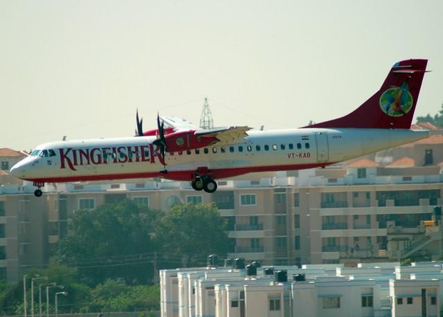 Kingfisher ATR72 VT-KAB