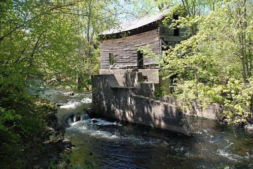 ontario canada mill rural ruin ruraldecay parham frontenaccounty