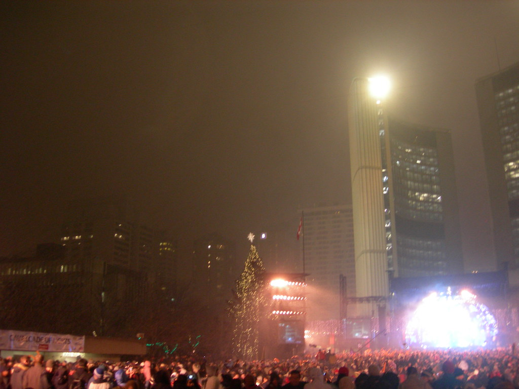 New Year's Eve, Nathan Phillips Square, City Hall, Toronto ...