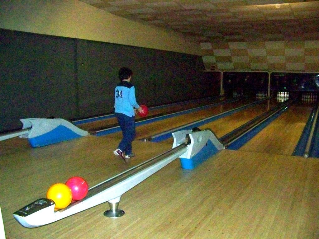 Bowling at Forward Lanes (Pittsburgh) | Corey Seeman | Flickr