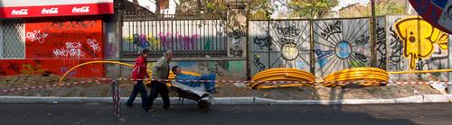 20071104_Bucuresti_wheelbarow