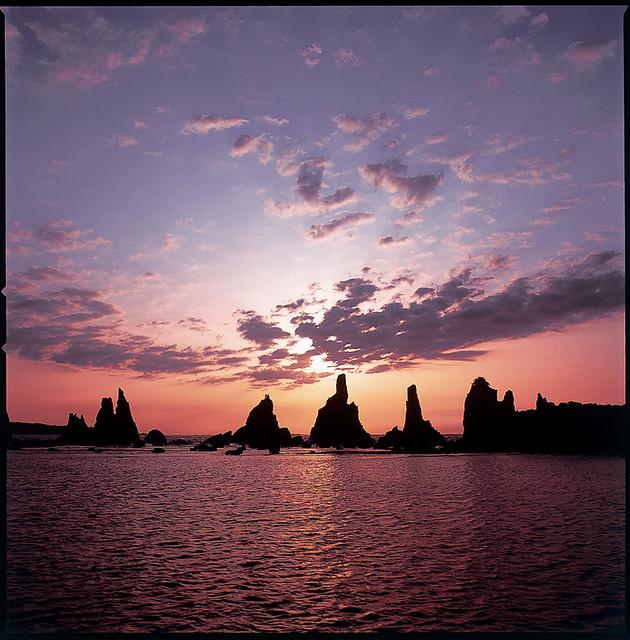 Sunrise of Hashikuiiwa 03(橋杭岩の日の出)