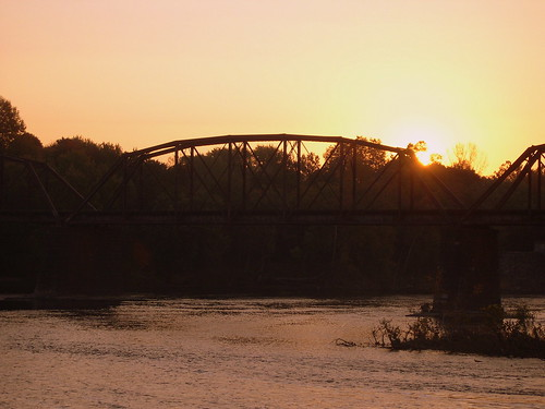railroad bridge train sunrise dawn newjersey pennsylvania nj rr pa lehighvalley delawareriver norfolksouthern lehighriver eastonpa cnj crrnj phillipsburgnj centralrailroadofnewjersey