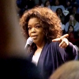 Oprah speaks at the Barack Obama rally at UCLA | by Vaguely Artistic
