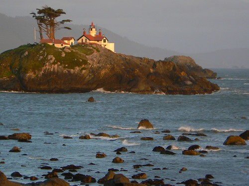 Battery Point (Crescent City) Lighthouse, CA | by hatchski
