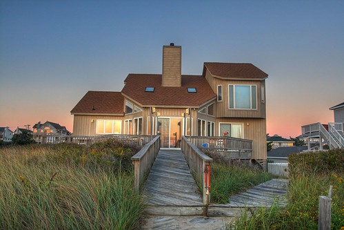 blue red house flower color green beach grass contrast sunrise northcarolina outerbanks hdr obx