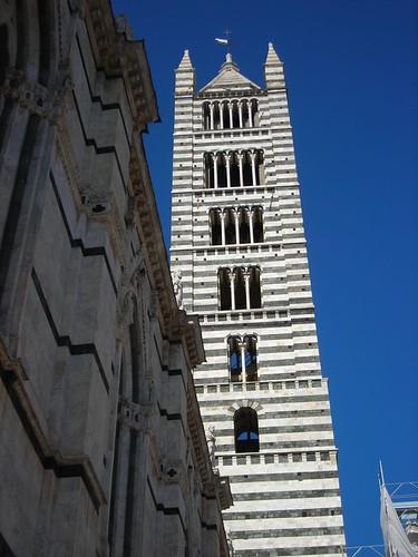 Il campanile del duomo di Siena | niguli | Flickr