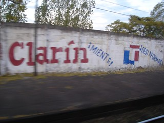 Clarín miente, TN desinforma | by galio