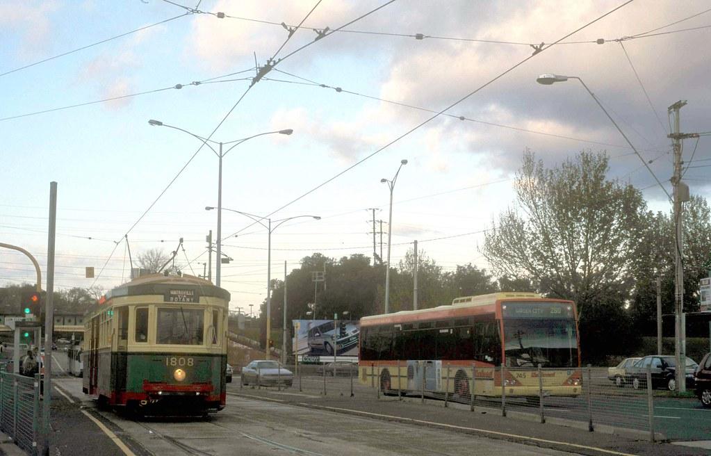 2003 SYDNEY TRAM RUNS IN MELBOURNE by lindsaybridge