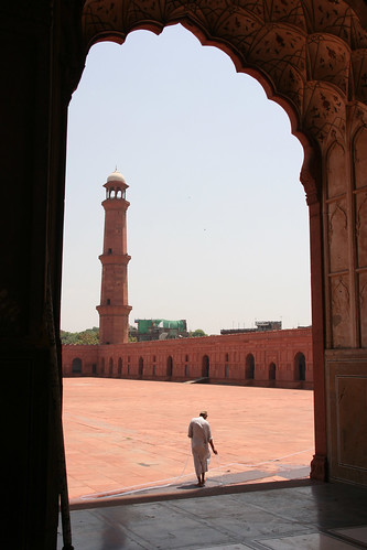 Badshahi Mosque, Lahore | by r12a