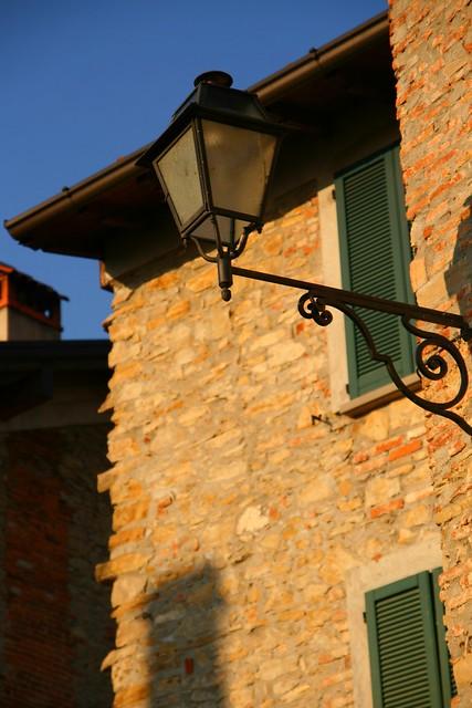 Lamp in Montevecchia 2