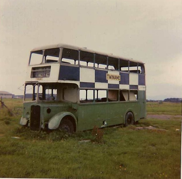 ex Western National 881 (HOD 8) Silloth Airfield 9/73
