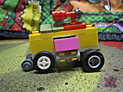 "LEGO TEENAGE MUTANT NINJA TURTLES :: ""Mikey's Mini-Shellraiser"" vi   (( 2014 )) 